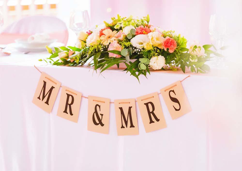 2bd3f89a9c Barack színek Esküvői dekoráció - Esküvői meghívó